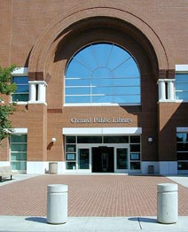Oxnard Public Library Main Branch Entrance, 2004